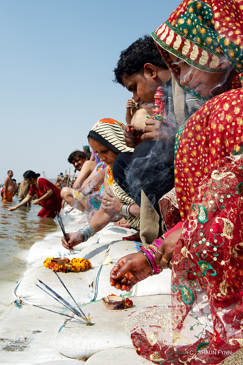 Offerings at the Ganges