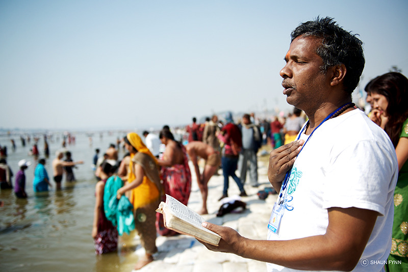 Prayers at the Ganges