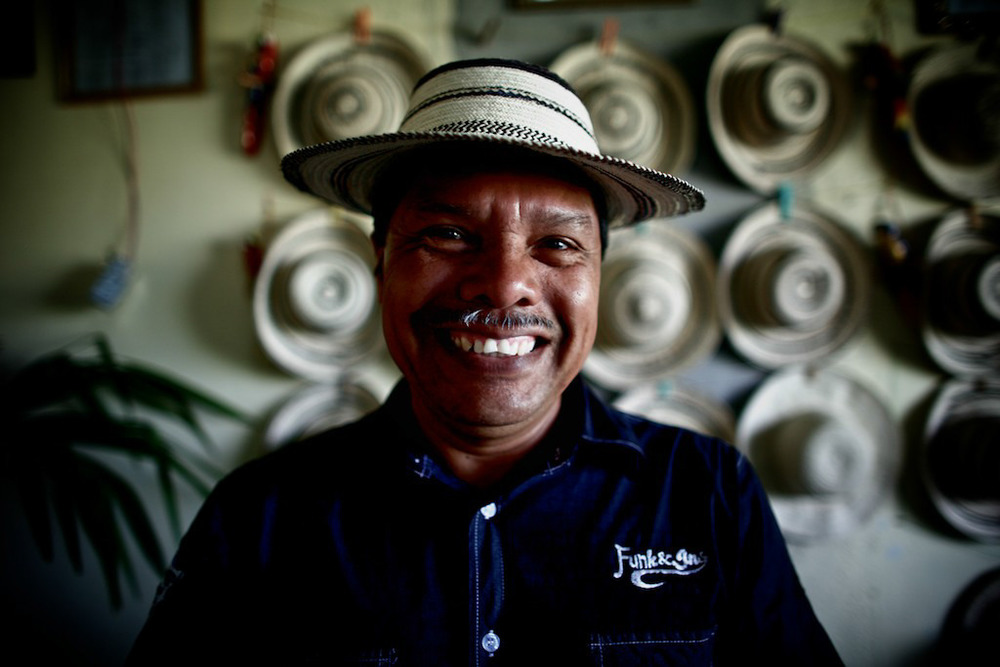 The real Panama hat man in La Pintada – Penome, who makes all these hats himself.