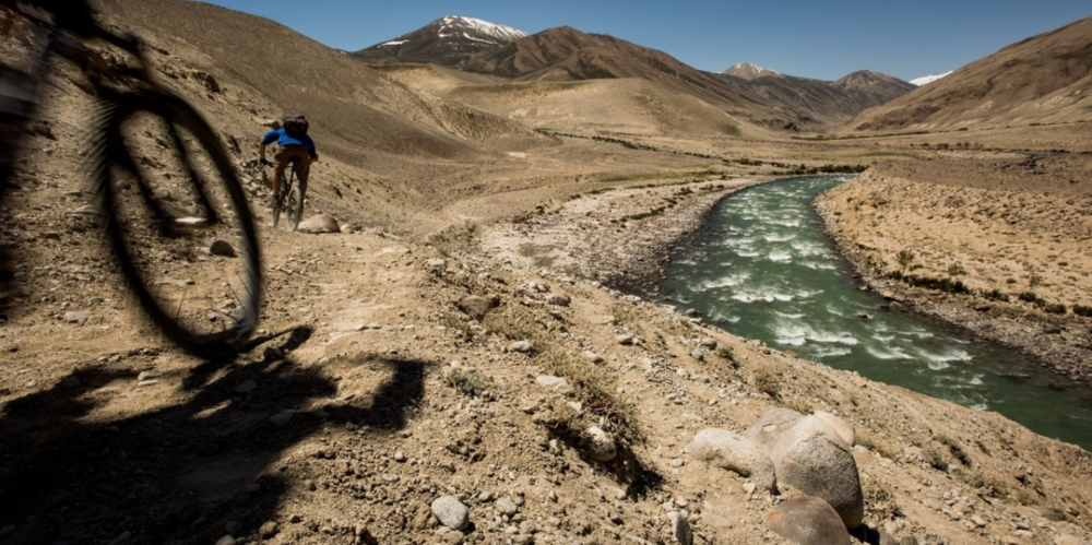 Dropping down to the Wakhan river, and towards one of the most unrideable two kilometres of trail we encountered. No-one can ride a bike through deep sand.