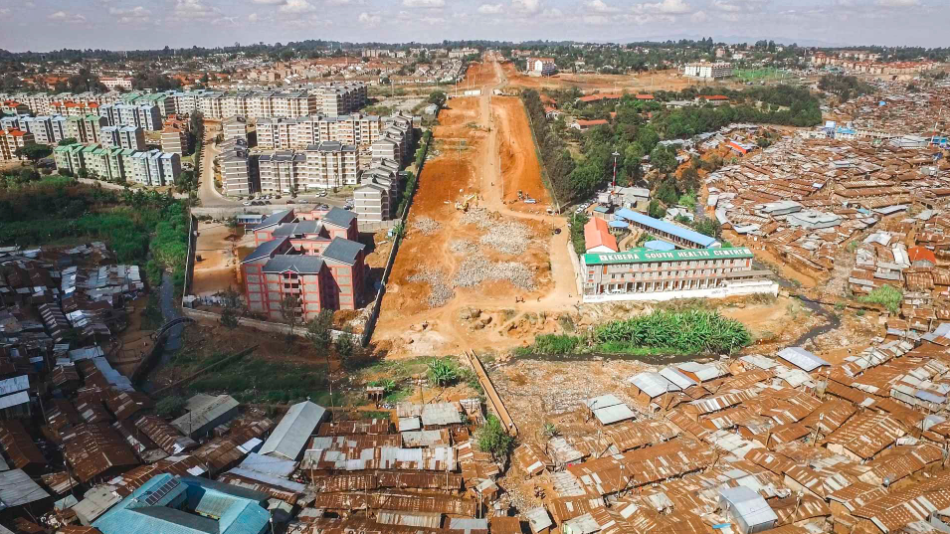 A planned road will bisect Kibera slum in Nairobi, displacing thousands of people.