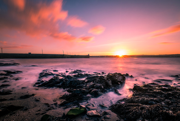 Sunset in Skerries, Ireland.  Giuseppe Milo. CC BY 2.0