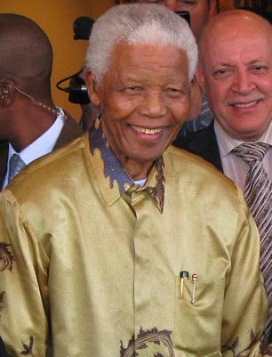 Former president Nelson Mandela was instrumental in the ending of Apartheid. South Africa The Good News /  www.sagoodnews.co.za . CC BY 2.0.
