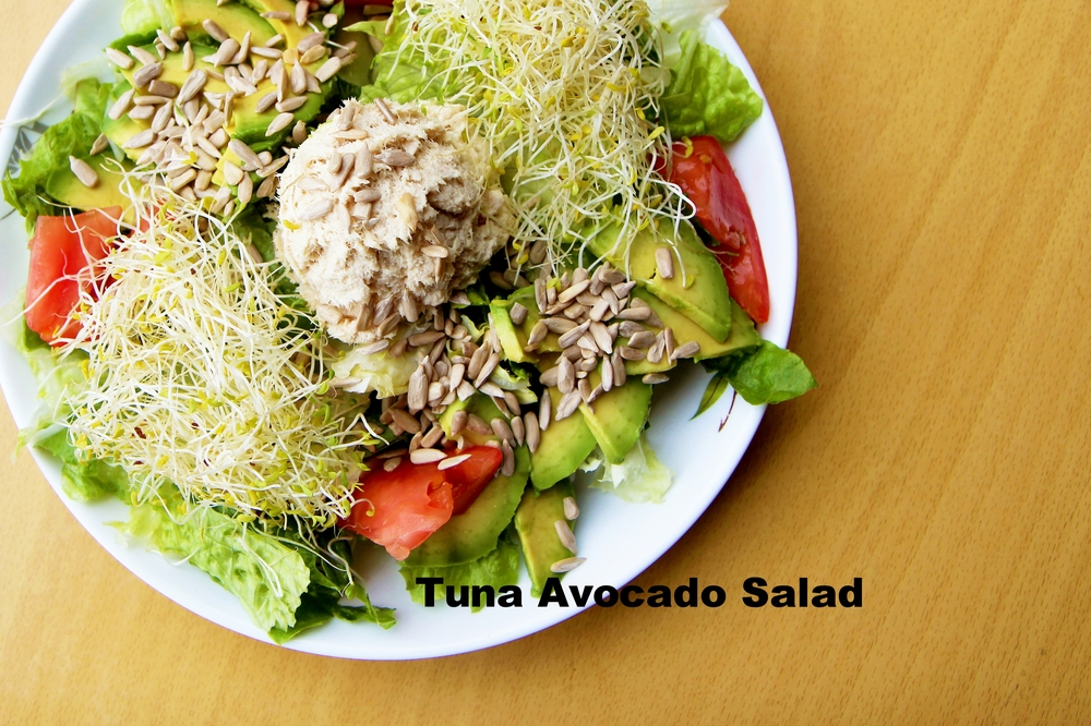 tuna avocado sal.jpg