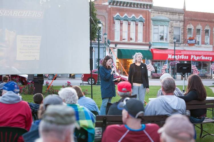 Rebecca and Marianne Fons welcome the crowd at the free outdoor screening of The Searchers, 2016.