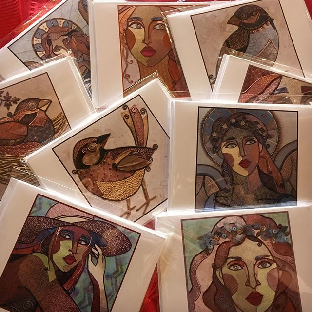 Sets of 2 Cards based on the metal art of Sue Corry | Susan Corry Designs may be in your Small Business Saturday goodie bags*! Spend $50 or more at The Artsmiths on Saturday, 11/25 and receive a goodie bag* of locally made goodness by our Artsmiths artists. *while supplies last. Limit one goodie bag per customer.  #shoppgh #shoplocal #shopsmall #shophandmade #cards #goodiebag #smallbusinesssaturday #pghart #pgh #pittsburgh #mtlebanon #theartsmiths #artsmithspgh