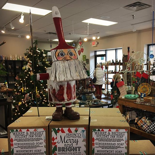 🎄We're open until 4pm this Christmas Eve! Stop in for stocking stuffers, hostess presents, and last minute gifts handcrafted and designed by Greater Pittsburgh artists.  Paint Can Santa by Ken Wagle   StudioWagle and Merry Bright Trio Soap Sets by Jenn Disciascio   @cleanwildfree.finchnaturalsco  #christmas #christmaspresents #gift #handmadefortheholidays #pgh #pittsburgh #theartsmiths #artsmithspgh #shoppgh #shoplocal #pghart