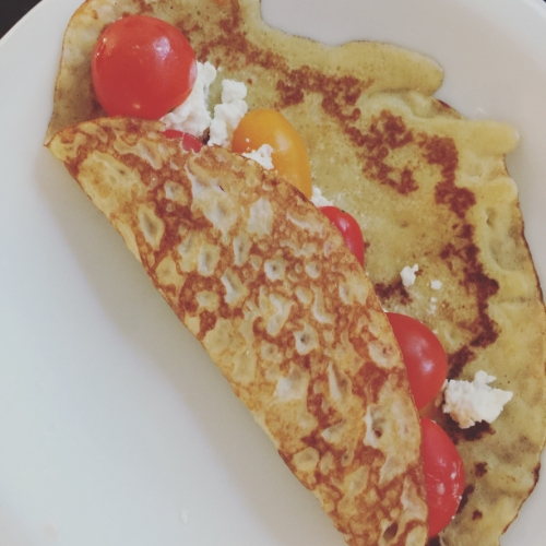 Crepe filled with goat cheese and tomatoes