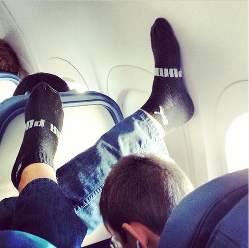 "<a href=""http://instagram.com/passengershaming"">@passengershaming</a>"