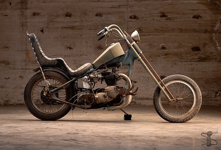 "<a href=""http://instagram.com/revivalcycles"">@revivalcycles</a>"
