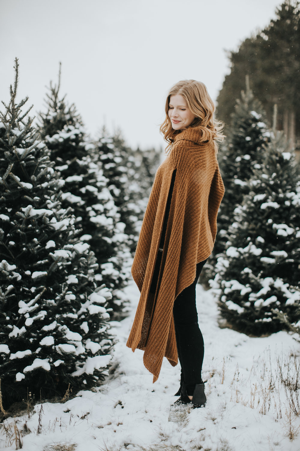 MainstreamBoutique-2018-Holiday-Russell-Heeter-Photography-234.jpg