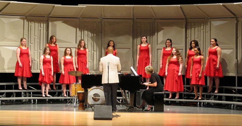 Choir 2.jpg