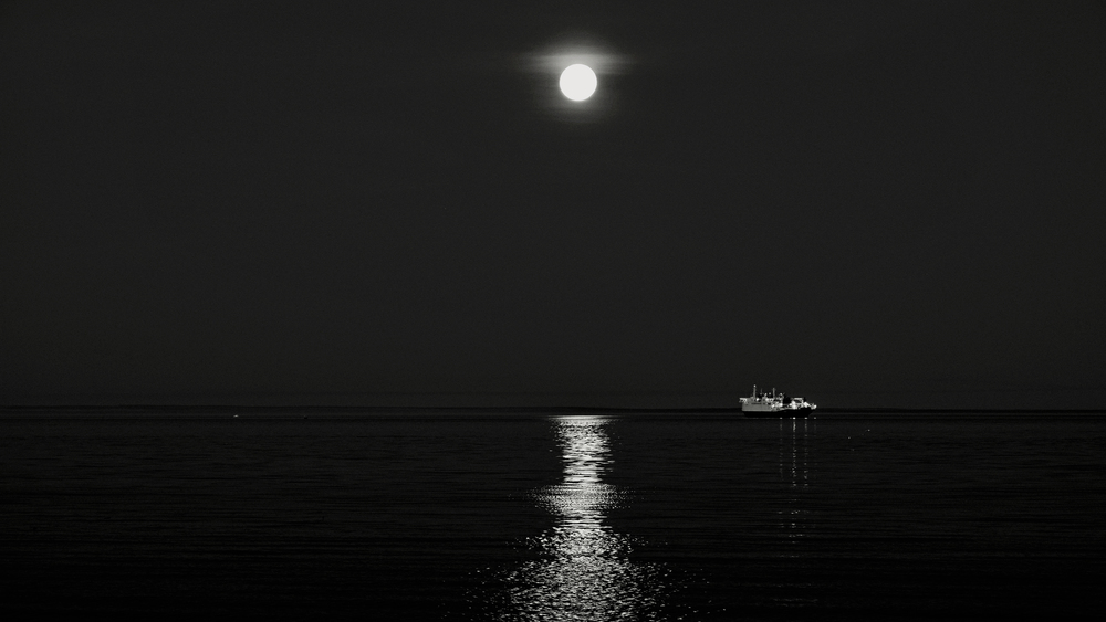 Moon1 - Copy.JPG