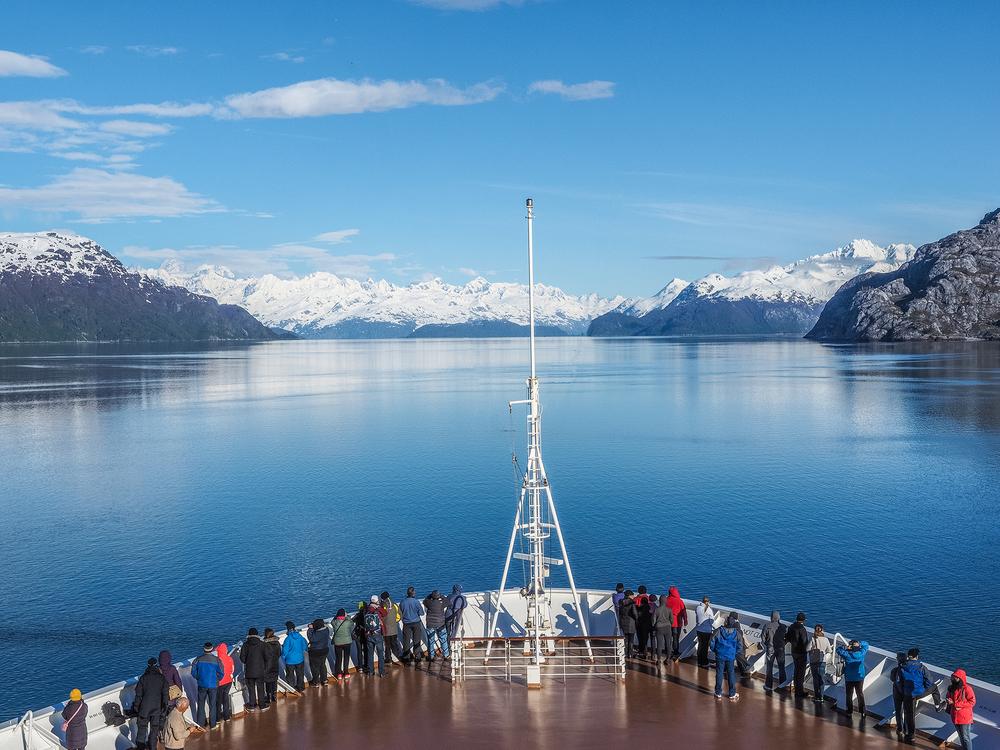 Sailing into Glacier Bay.