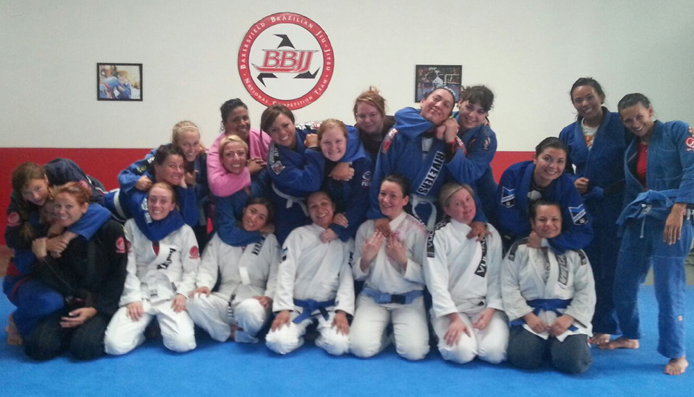 "Bakersfield Riveters   Train Jiu Jitsu in a clean and friendly "" Women's Only "" environment. All Women's Jiu Jitsu classes are taught by IBJJF World Champion Jill Baker.    Learn More"