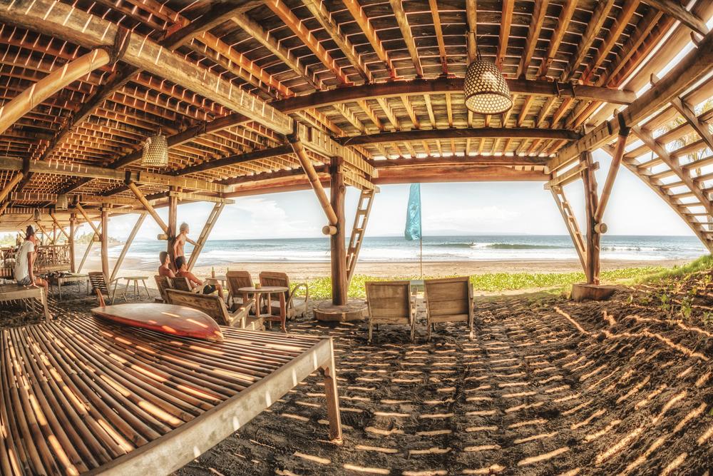 KOMUNE BEACH CLUB BALI