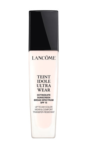 LANCOME TEINT IDOLE ULTRA 24H LONG WEAR FOUNDATION - The most expensive out of all my winter foundations, this is without a doubt the most flawless and long-lasting. The shade ranger in this line is incredible, too.