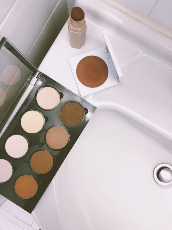 Here are the products that I use for Contouring: Fenty Matte Skinstick- Espresso,Colourpop Powder- Bits and Pieces, NYX- Highlight and Contour Pro Palette.