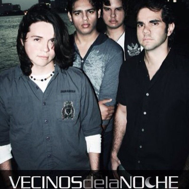#tbt #pop #rock #band #oldpic #VDLN #Vecinosdelanoche #banda #musica #oldbandmembers #goodfriends