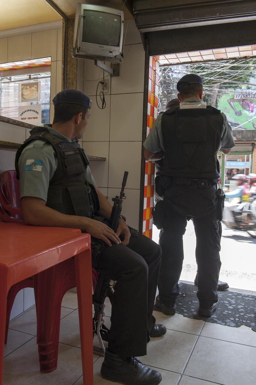 amee reehal favela rocinha (11 of 37).jpg