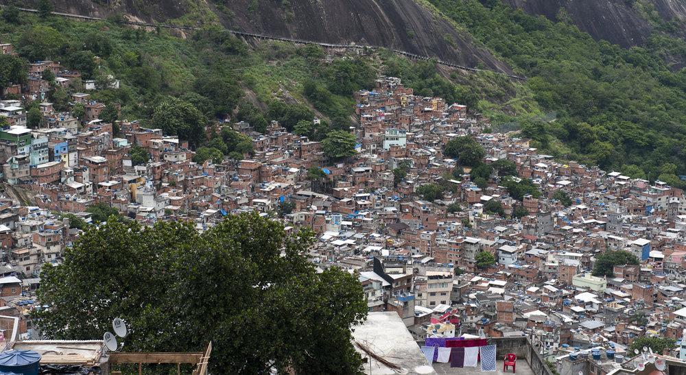 amee reehal favela rocinha (2 of 37).jpg