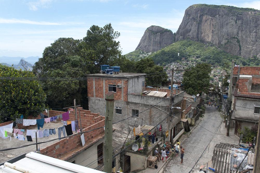 amee reehal favela rocinha (13 of 37).jpg