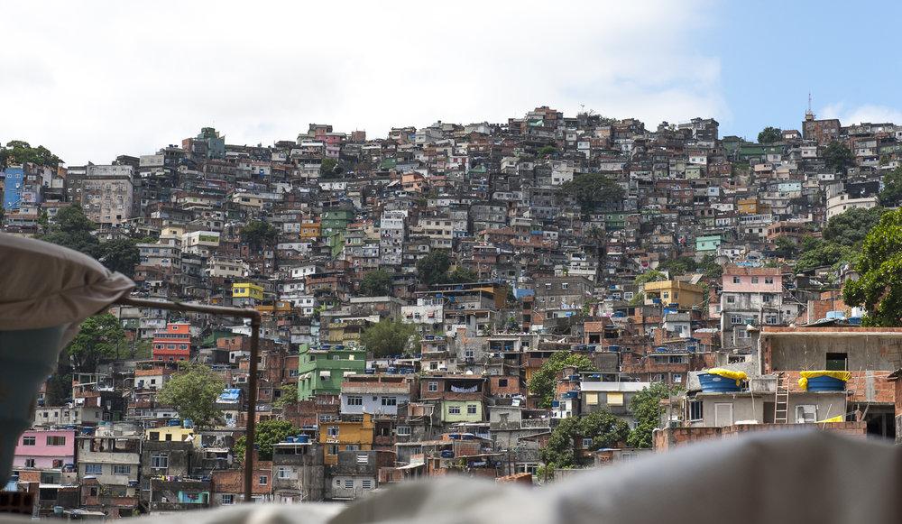 amee reehal favela rocinha (34 of 37).jpg