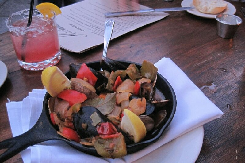 mealswithjamie-habana-costa-mesa-california-seafood-steamers.jpg