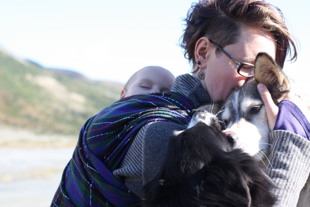 A husky and her girl | 14 Mile Farm Handweaving and Homesteading in Alaska