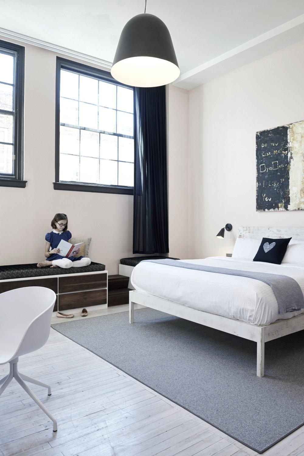 9 guest room.jpg