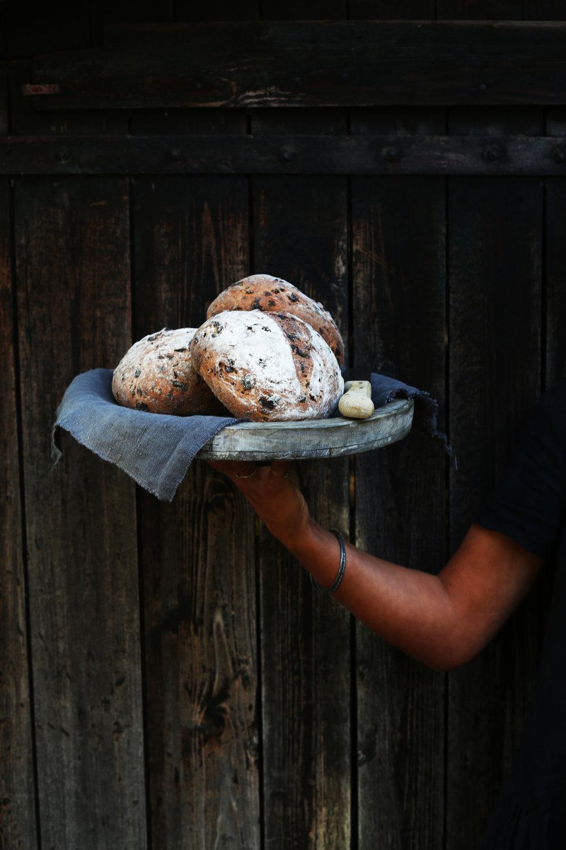 rogge rozijnenbrood 5.jpg