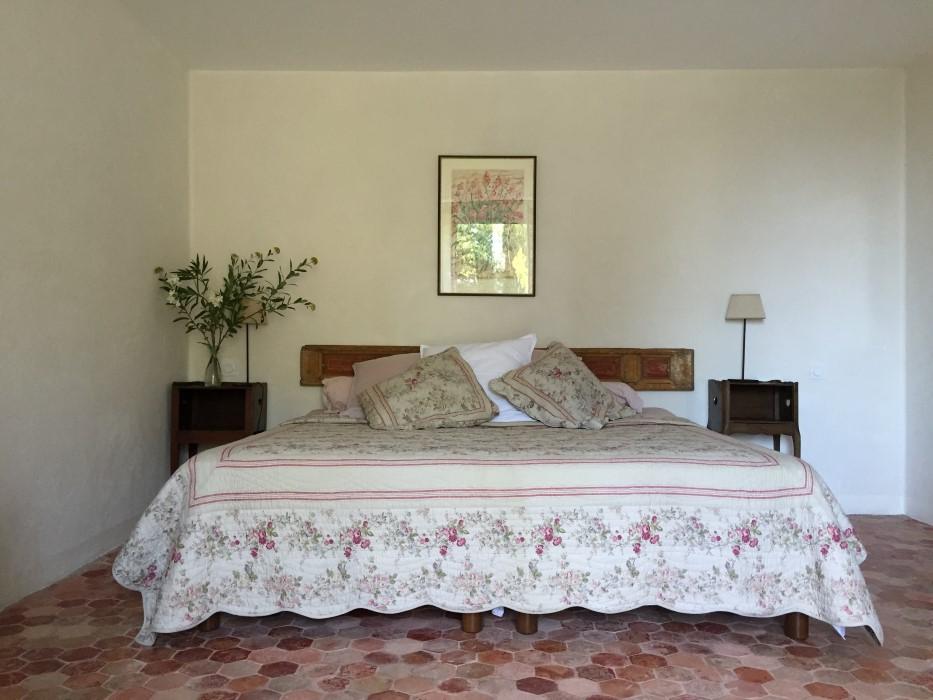 chambres d hotes champaga chambre le lit détente.jpg