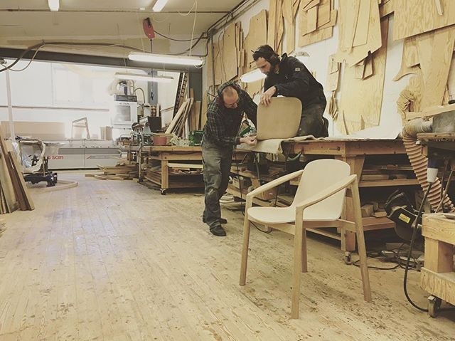 Had the pleasure of solving some challenging shapes in CAD for this beauty! Good luck with the chair Jonas!  #Repost @jrstokke ・・・ On the factory floor. Espen and Olli putting the final touches on the second generation prototype of the Tjøme chair. On the wall behind them hangs templates for various decks for the now bankrupt Askeladden boat producer