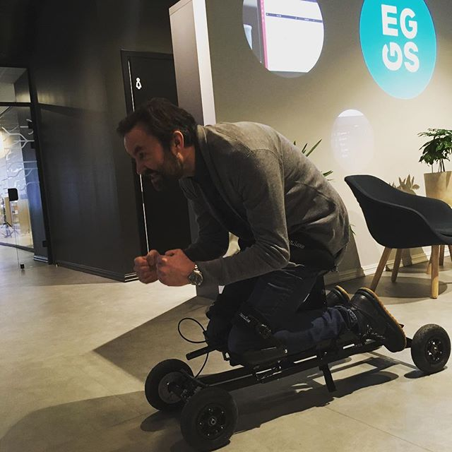 Spending some time with the brilliant people at @eggsdesign on a project for @exero_technologies They develop amazing assistive sports equipment. Exciting stuff! #productdesign #industrialdesign #eggsdesign #hanssondesign #freelance #paraathletics