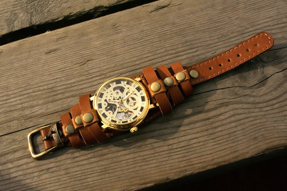 wristwatch leather
