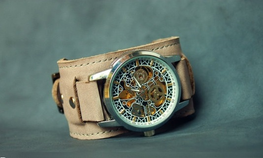 leather wristwatch for men