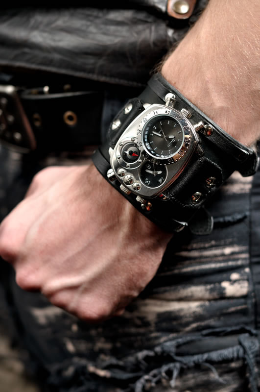 techno watch for men