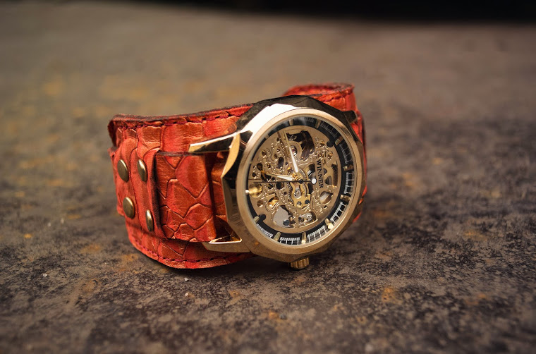 wristwatch red dragon