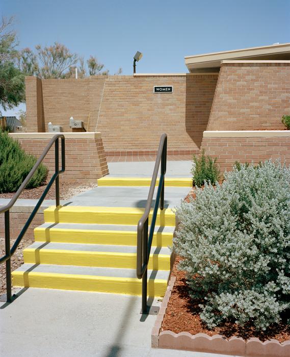 CO_2013_Arizona_WOMENRestStop_002_web.jpg