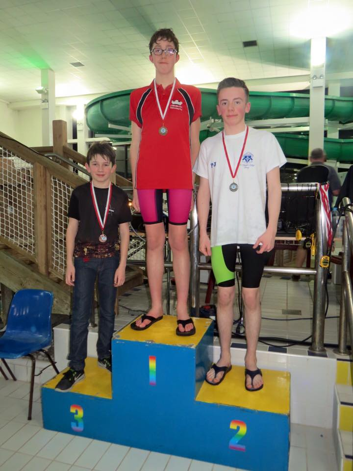 Ruarai Glynn (far left) came 3rd in the 400m Freestyle event.jpg