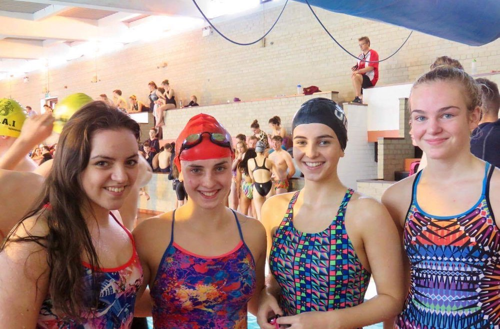 The Senior Girls Relay Team.jpg