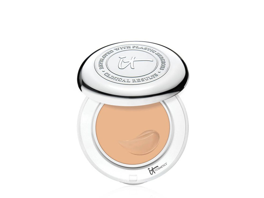 it-cosmetics-confidence-in-compact-foundation-medium-1000px.jpg