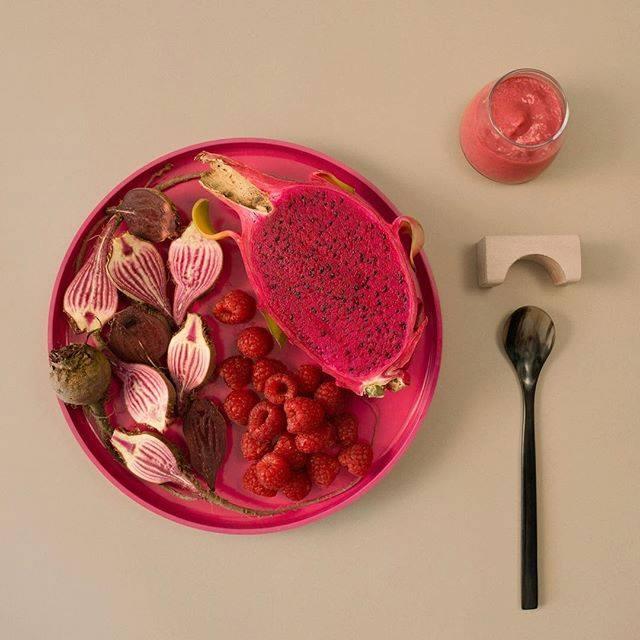 yumi-pink-plate.jpg