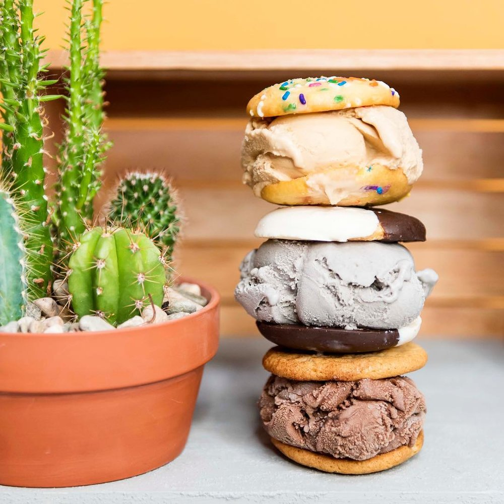 coolhaus-ice-cream-sandwiches-01.jpg