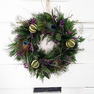 Christmas wreath peacock.jpg