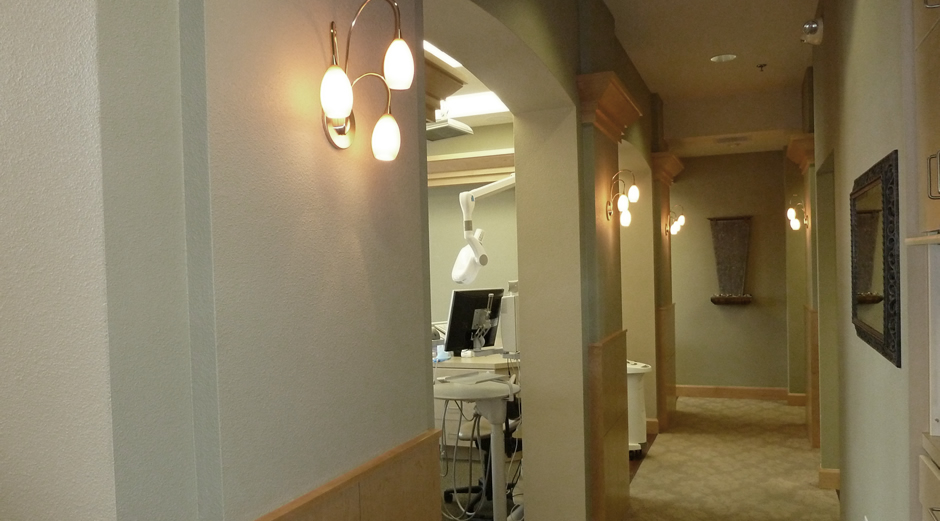 office-hallwayx940y521.jpg