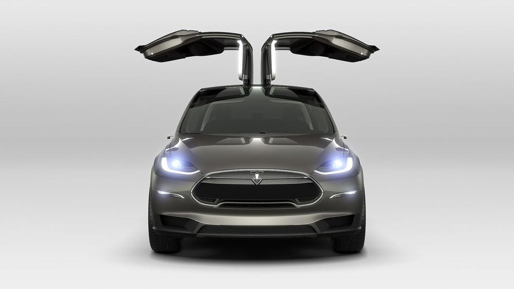 모델 X의 팔콘 윙 뒷좌석 도어는 좁은 주차공간에서 문을 열다 차를 긁을 걱정이 없도록 설게됐다. (테슬라 보도자료)