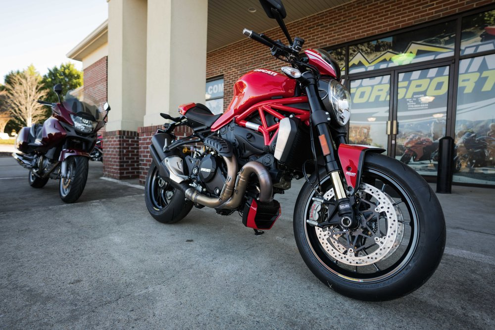 2016DucatiMonster1200R-8.jpg