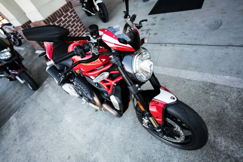 2016DucatiMonster1200R-9.jpg