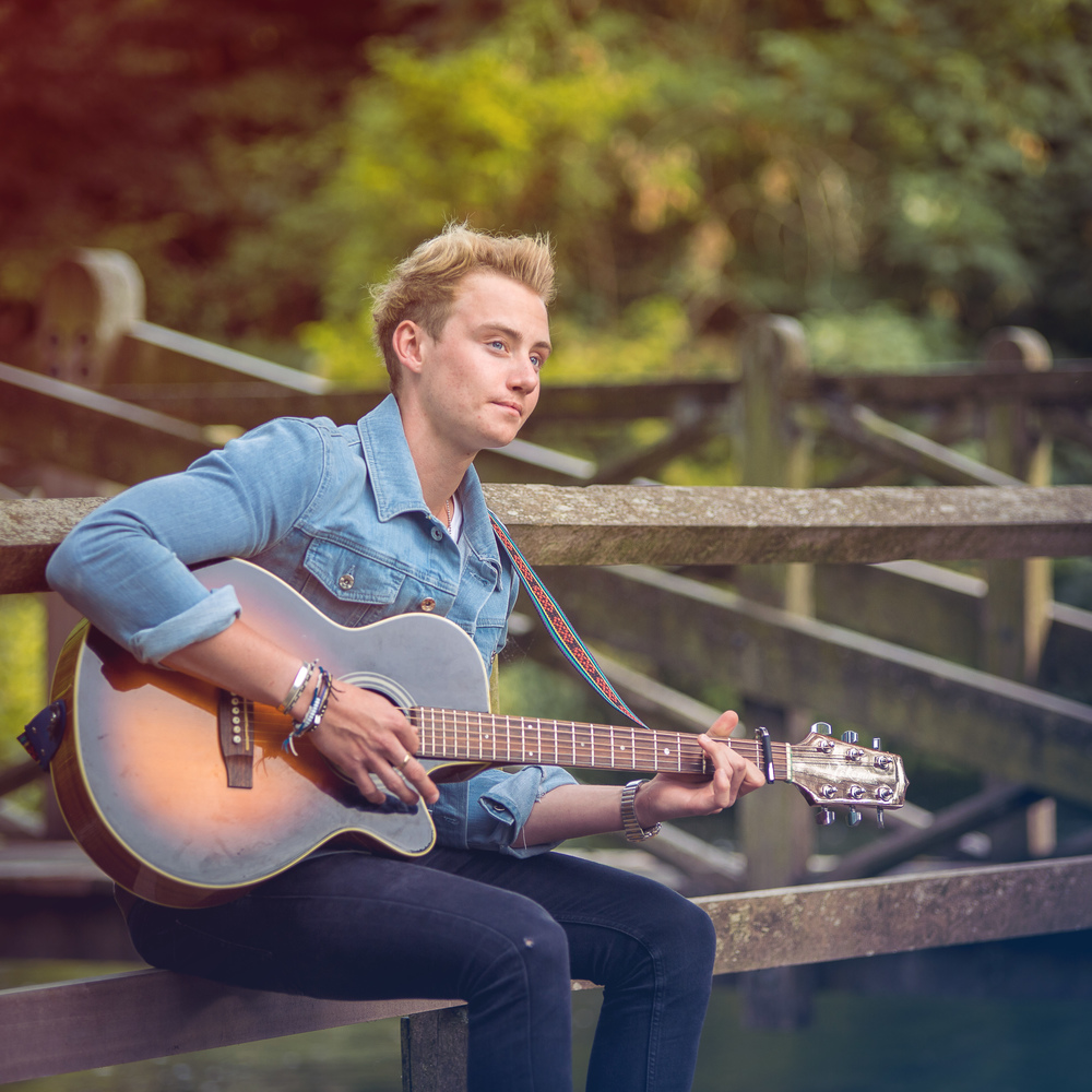 singer-song-writer-winchester-artist-photography-album-cover-Ollie-Wade-30003.jpg